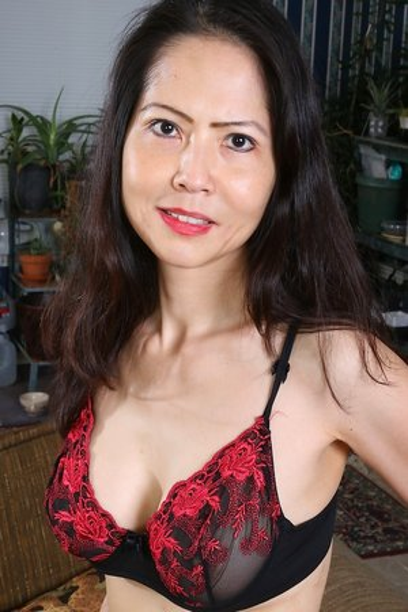 Asian women older naked Old Asians